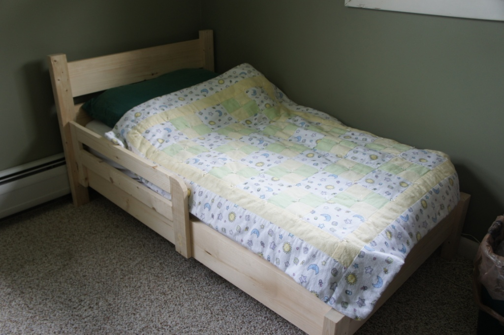 Ana White Traditional Toddler Bed Simple Headboard Diy Projects