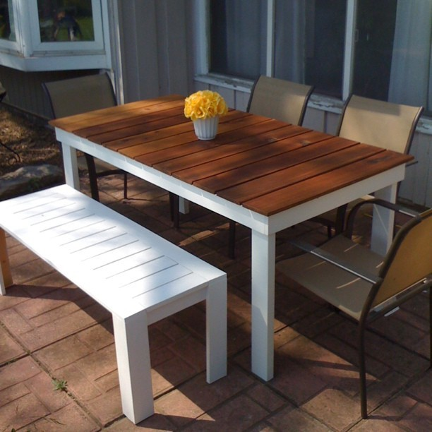 Simple Outdoor Dining - DIY Projects