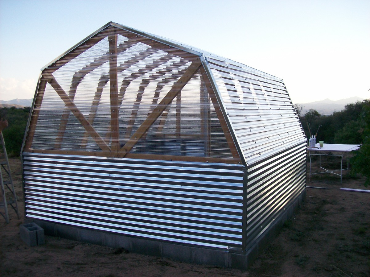 Do It Yourself Home Design: Barn Greenhouse - DIY Projects