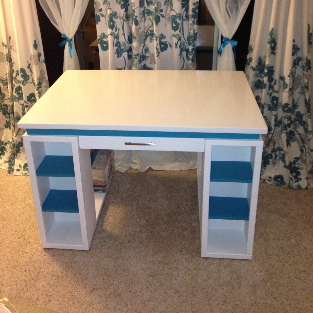 Ana white craft table diy projects craft table solutioingenieria Choice Image