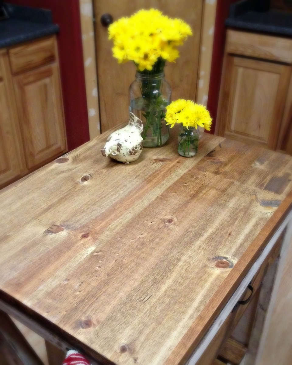 Kitchen Island Diy Projects: My Rustic X-Side Kitchen Island - DIY Projects