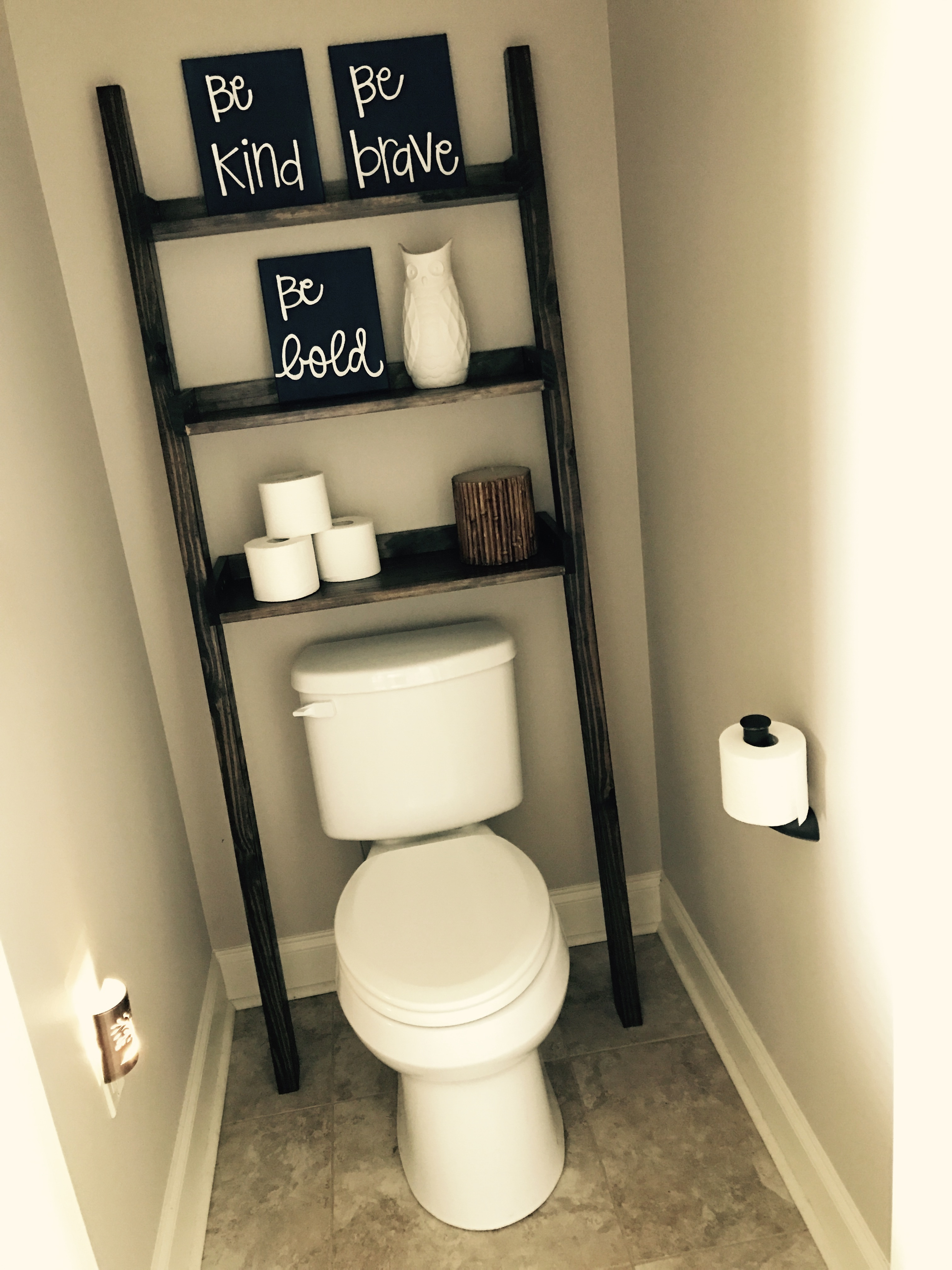 ana white leaning bathroom ladder diy projects rh ana white com ladder rack for bathroom bathroom ladder shelves