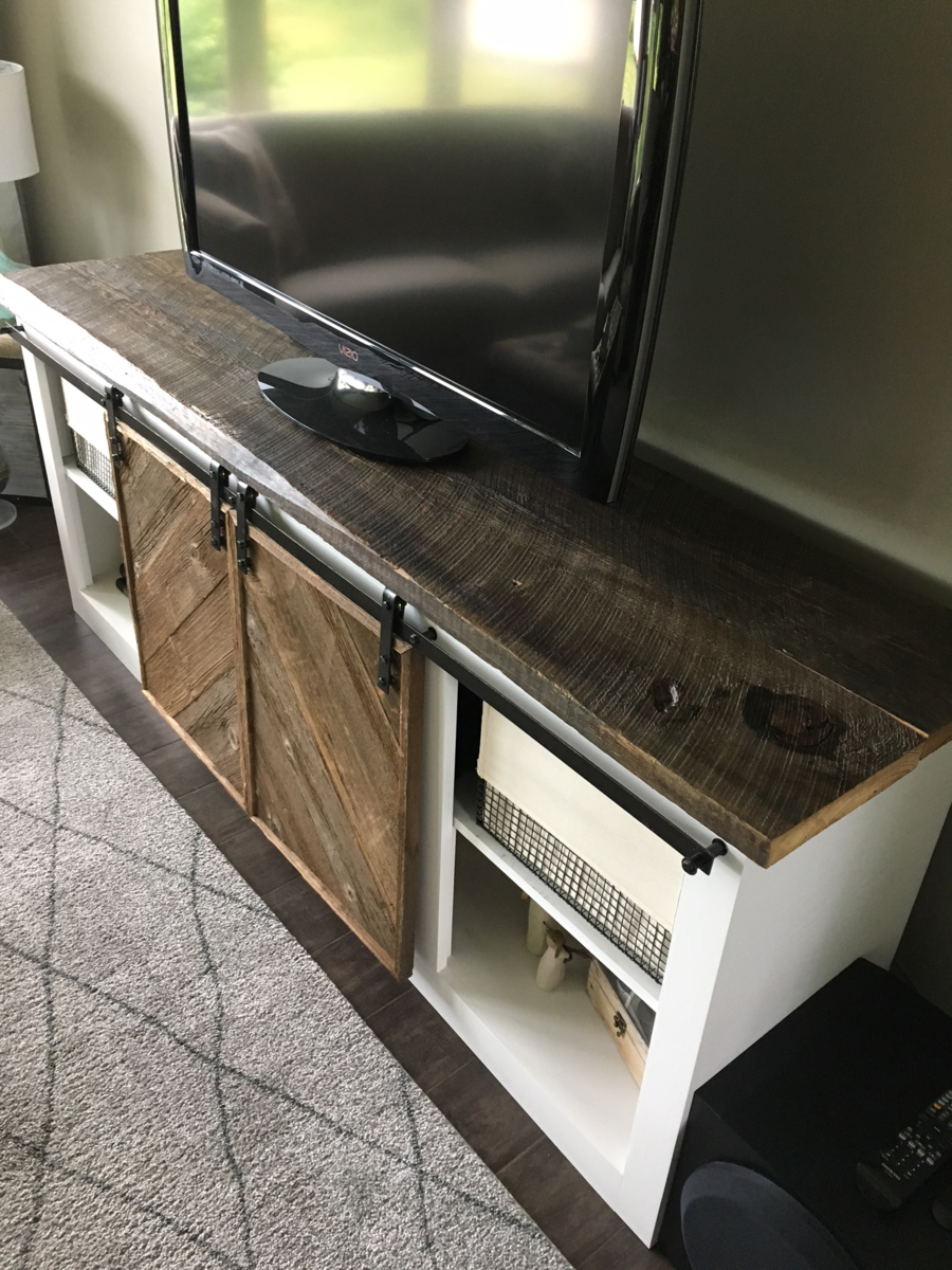 Ana White Tv Console With Reclaimed Accents Diy Projects
