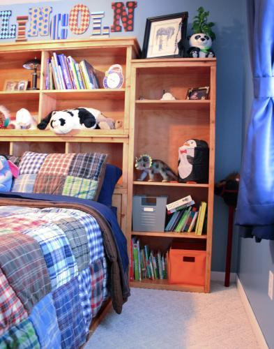 Full Size Storage Bed - DIY Projects