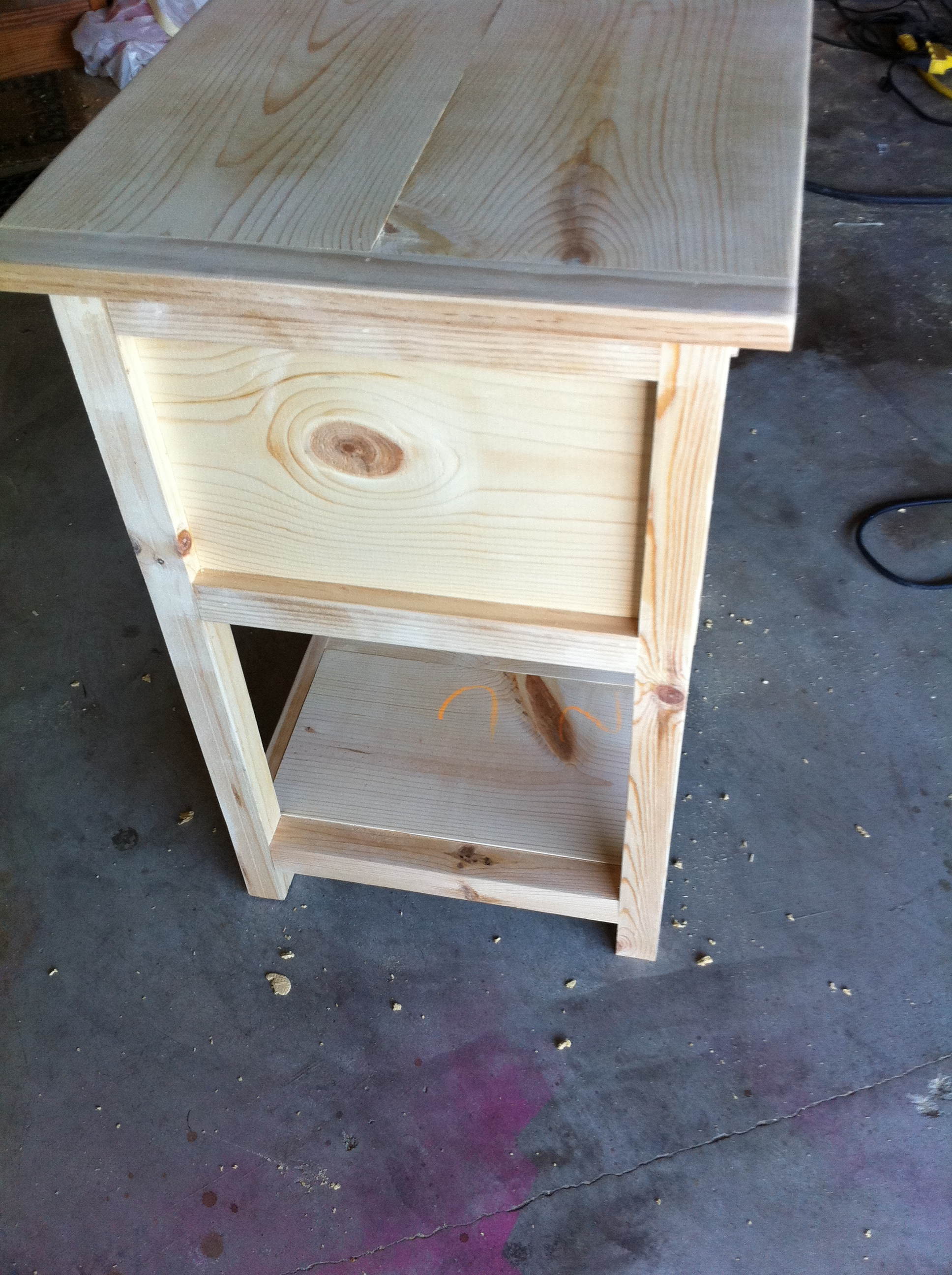 Ana White Square Modern Farmhouse End Table Diy Projects