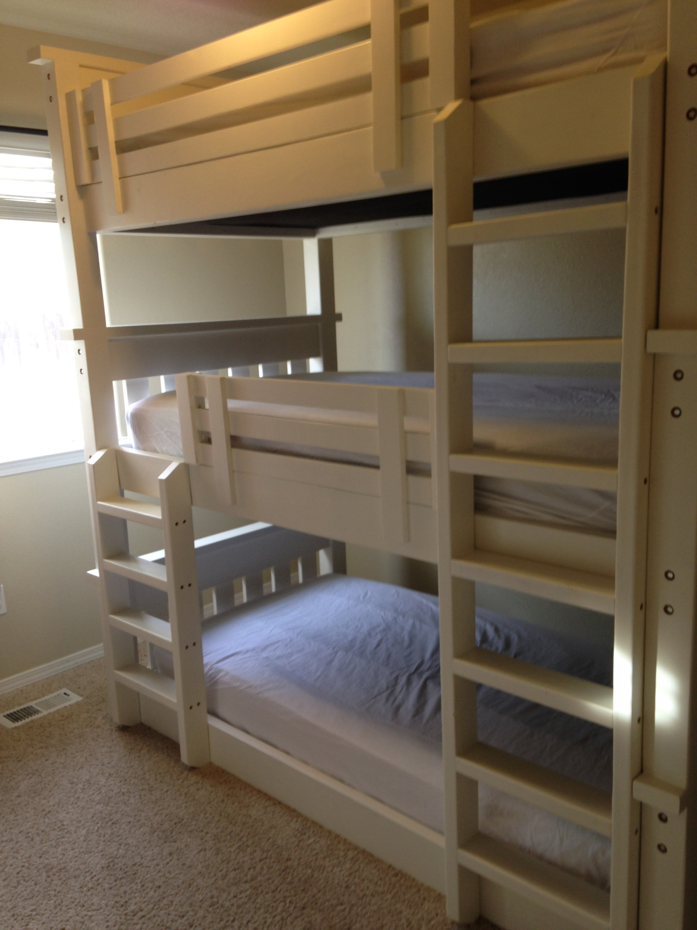 Ana White L Shaped Bunk Bed