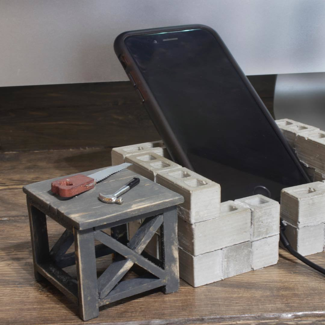 Mini Rustic X End Table - DIY Projects