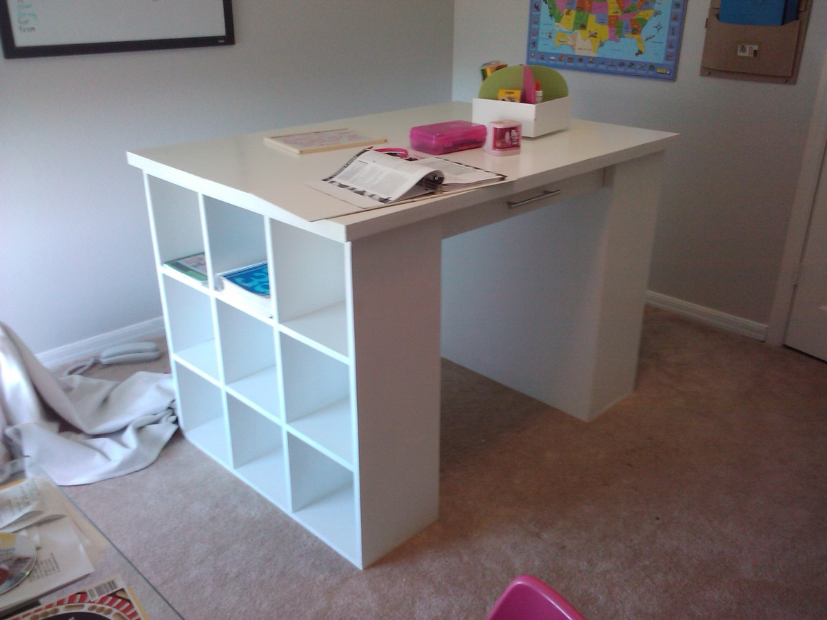 Ana white craft table diy projects craft table solutioingenieria Images