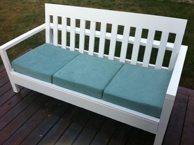 Simple White Outdoor Sofa