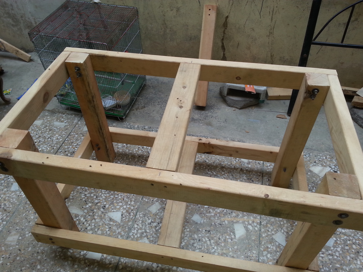 Simple sturdy workbench do it yourself home projects from ana