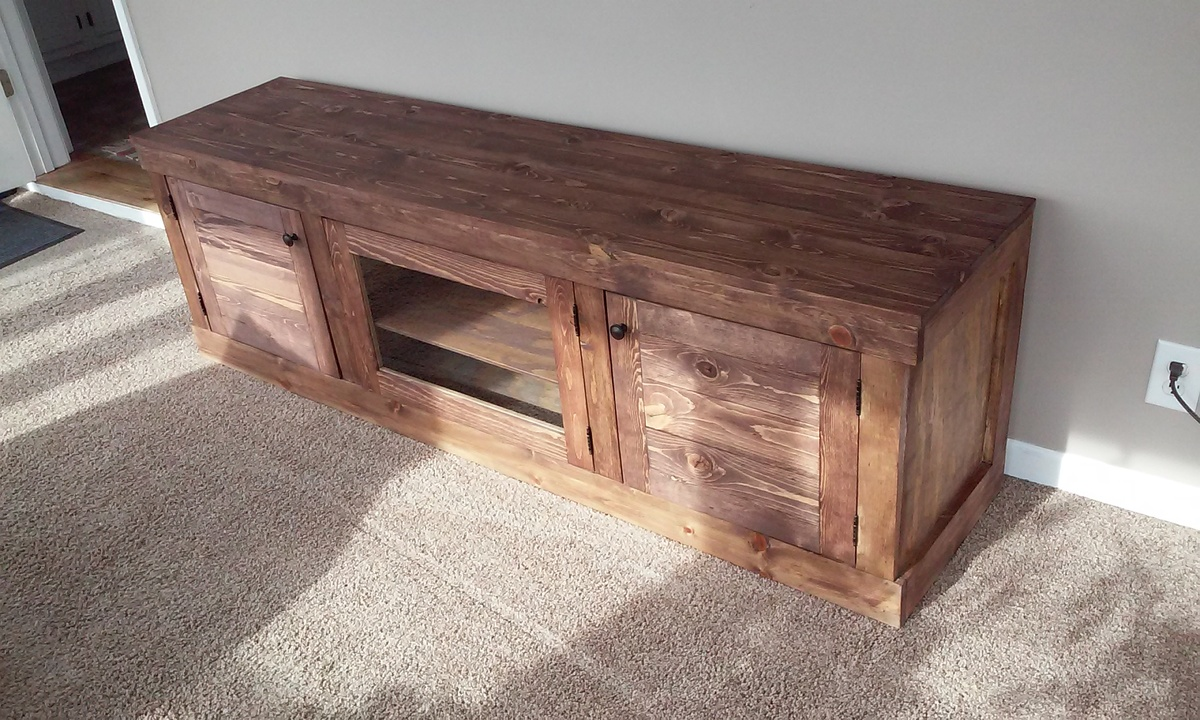 Superbe TV Stand With Storage