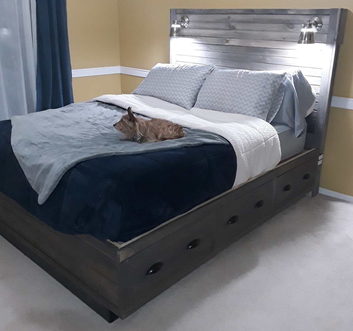 Queen Size Storage Bed With Headboard Storage
