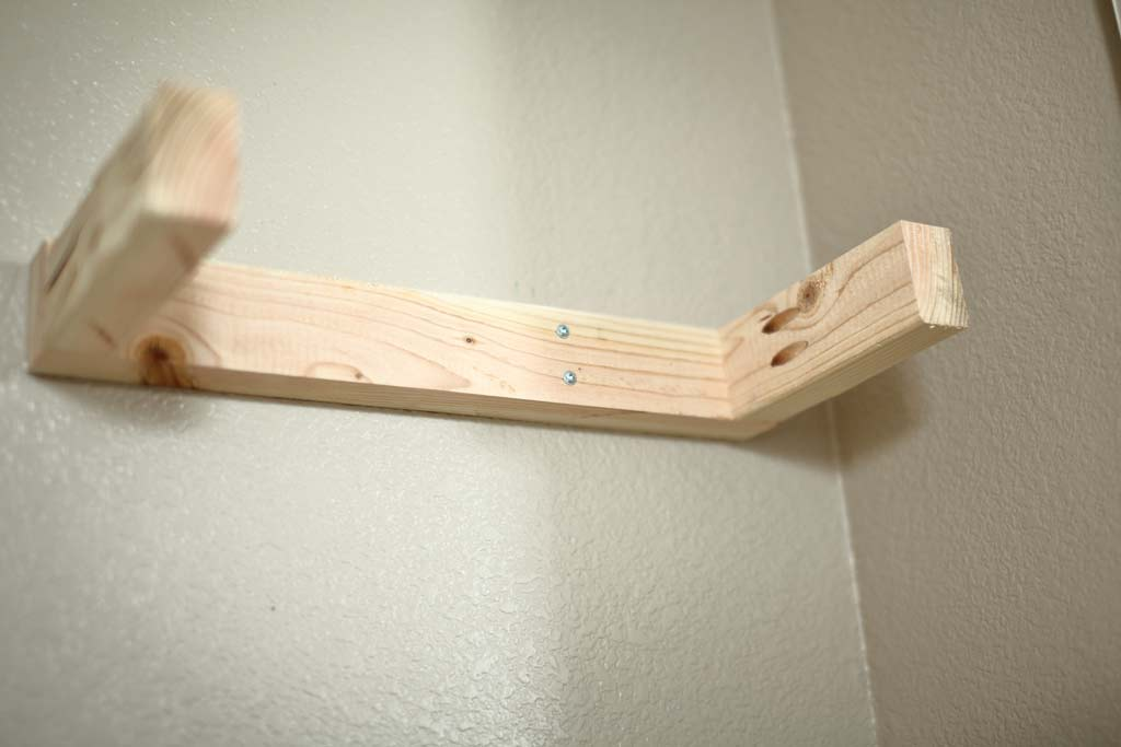 frame on the wall for floating shelf
