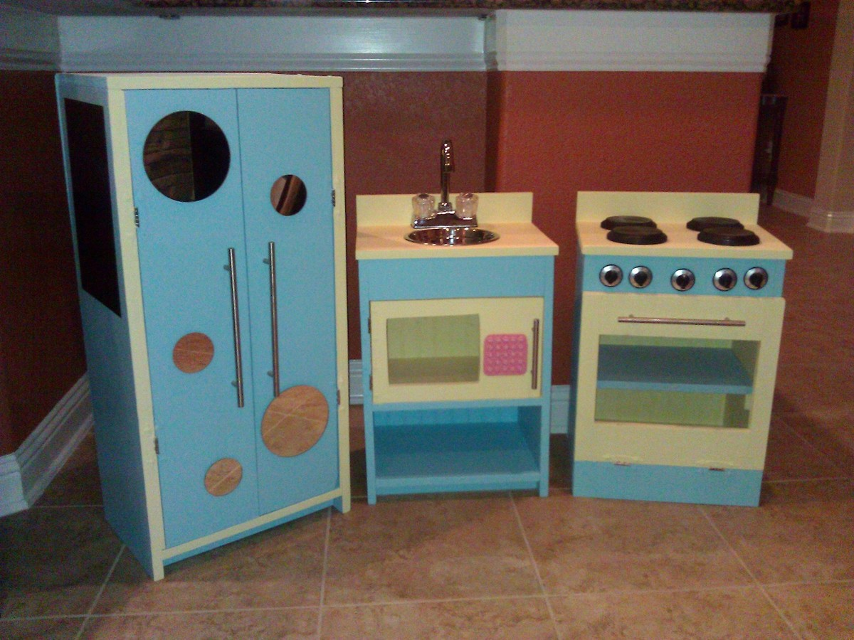 Ana White | Christmas Play Kitchen - My First Project!! - DIY Projects