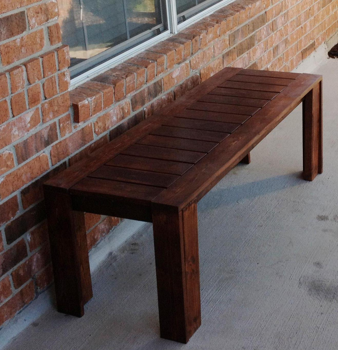 Simple Outdoor Bench - DIY Projects