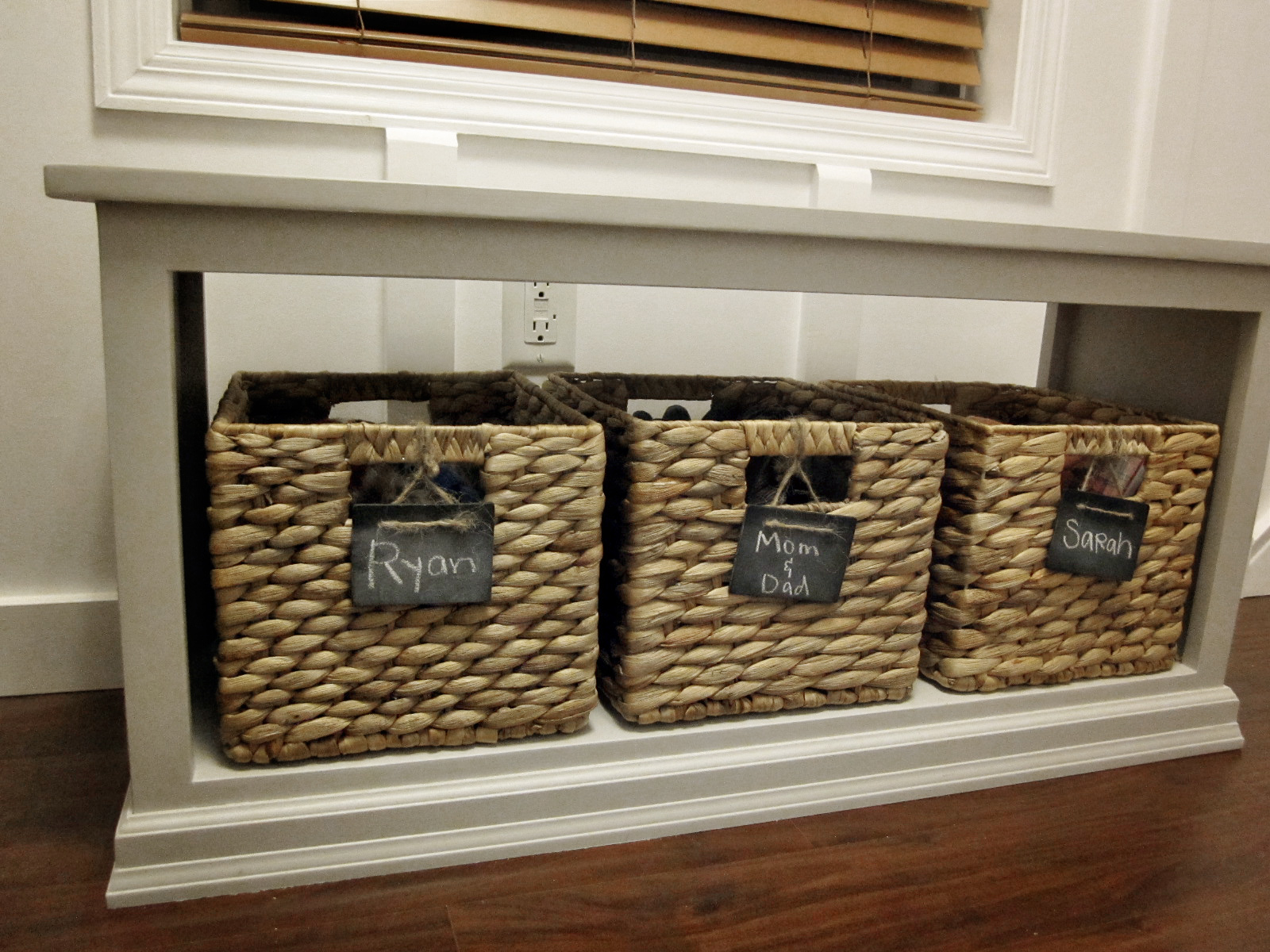 Entryway Bench & Ana White | Entryway Bench - DIY Projects