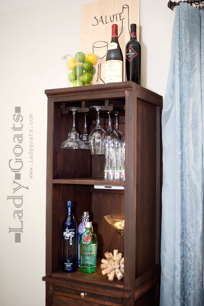 Ana white mod bar stemware hutch diy projects for Diy hutch plans