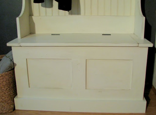 ... Mimi's Storage Bench | Free and Easy DIY Project and Furniture Plans