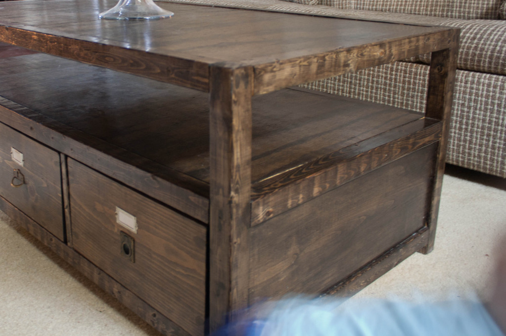 Ana White | Rhyan Coffee Table - DIY Projects