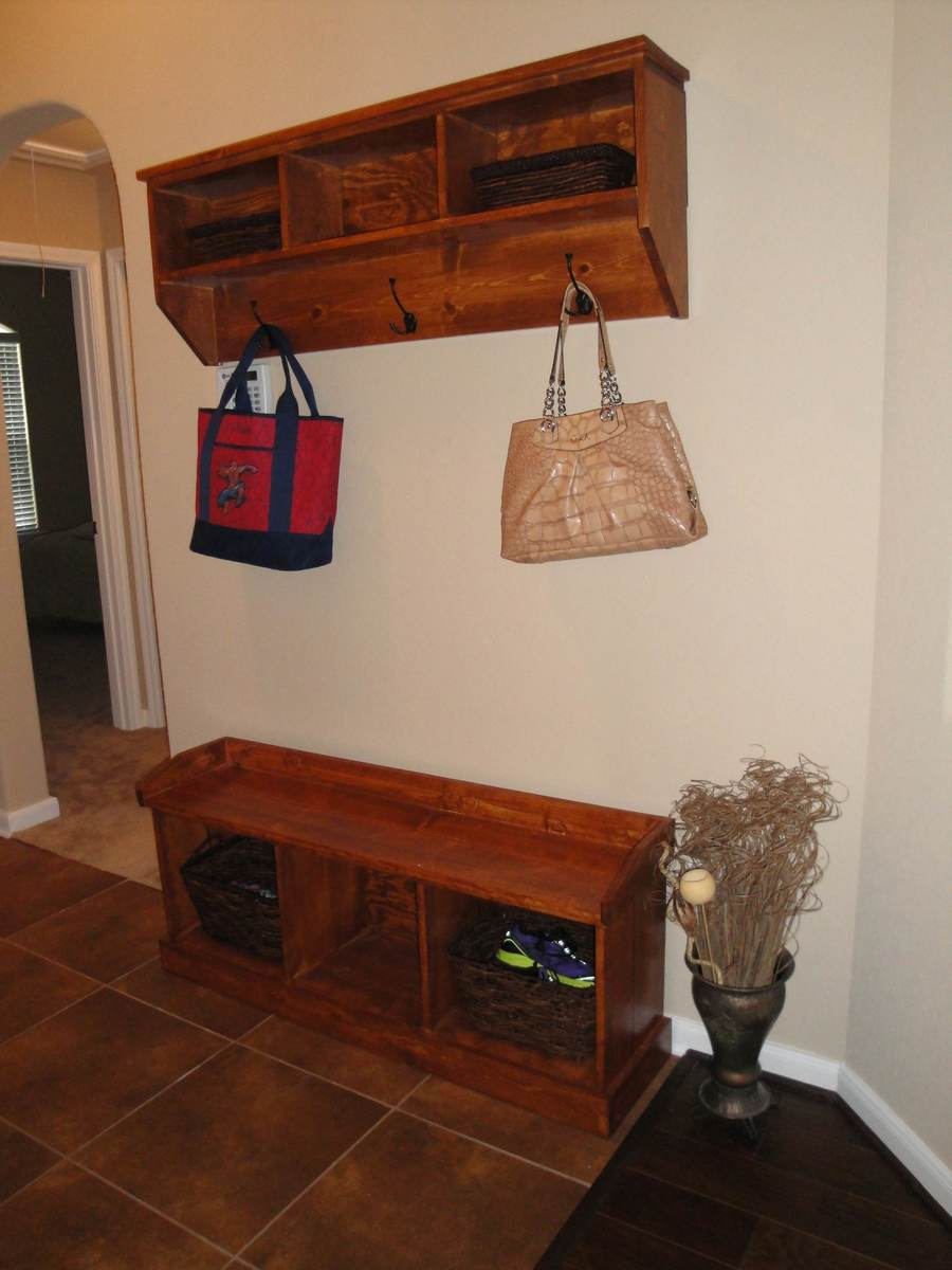 Exceptionnel Entryway Bench And Shelf