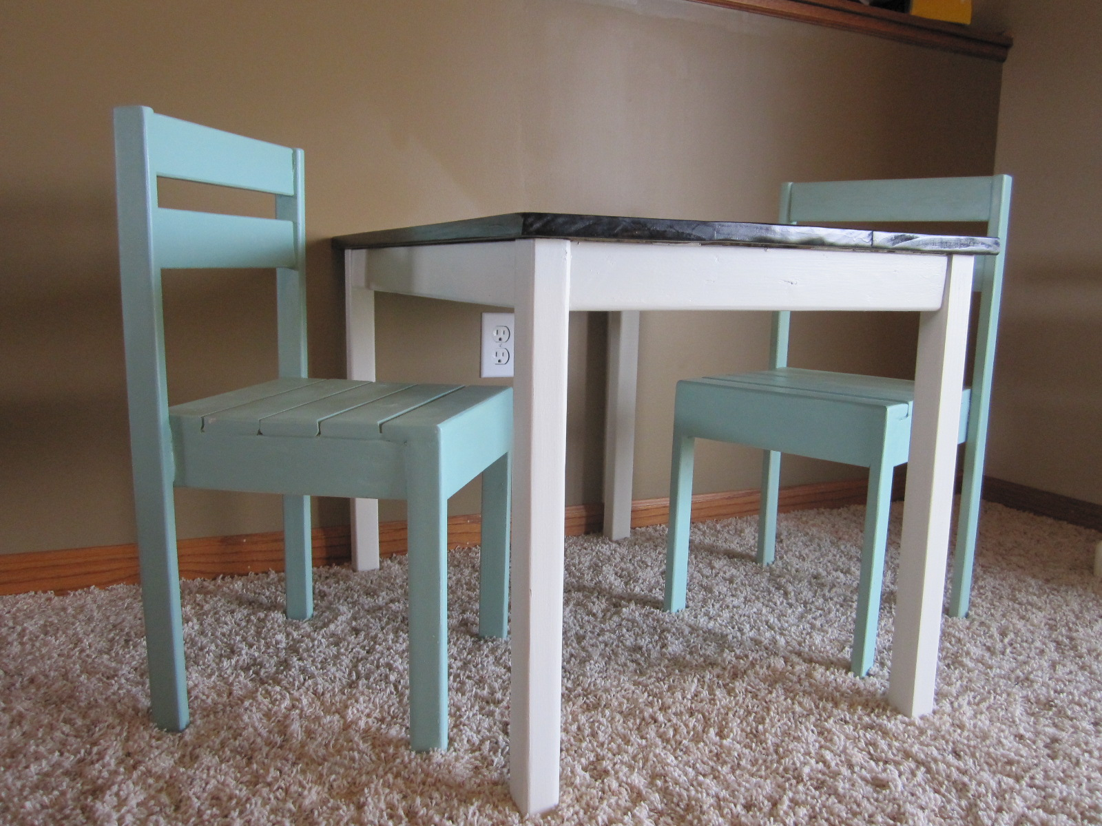 Ana White Play Table And Chairs Diy Projects