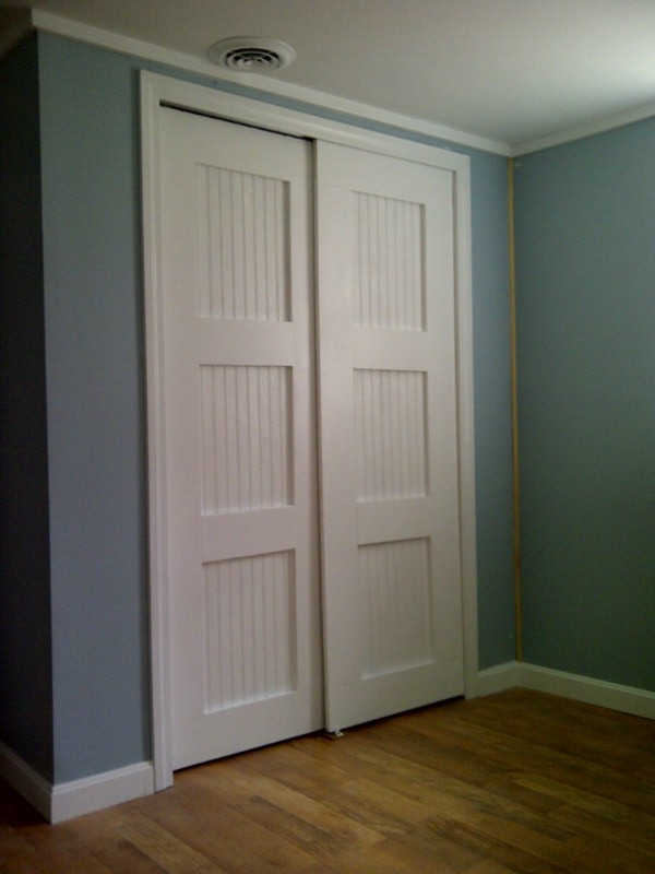 bypass closet doors | Do It Yourself Home Projects from Ana White: www.ana-white.com/2012/04/bypass-closet-doors