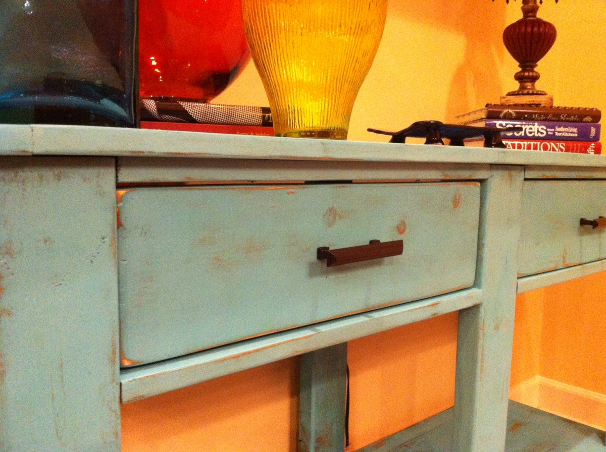 Make This Console Table From Lumber! Free DIY Plans!