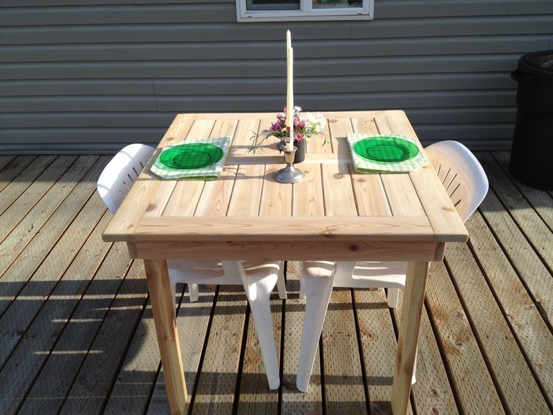 Ana White Modified Outdoor Dining Table DIY Projects