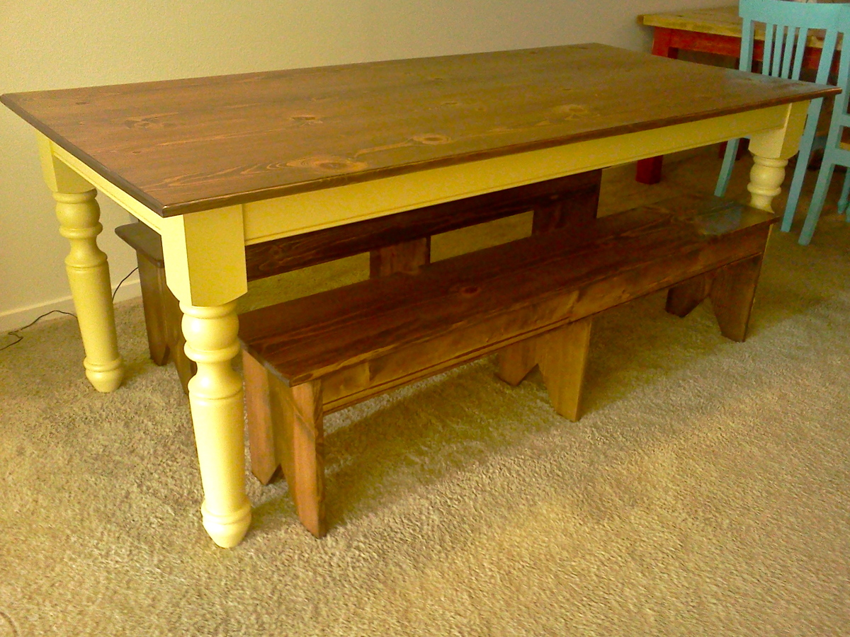 Ana white turned leg farmhouse table diy projects How to build a farmhouse
