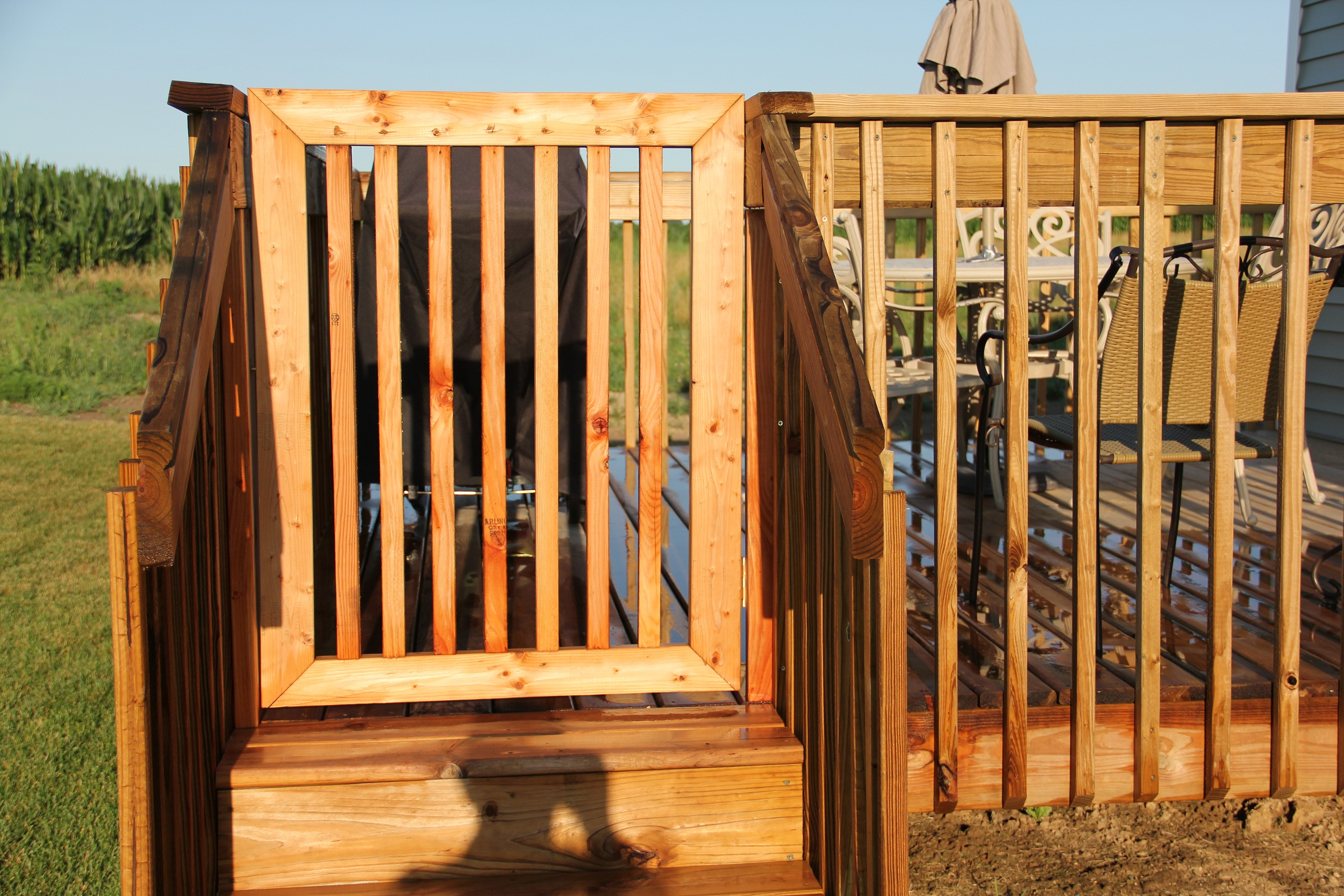 Woodwork how to build wood deck gate pdf plans for Diy fence gate designs