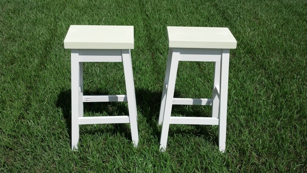 Ana White Bar Stool - DIY Projects