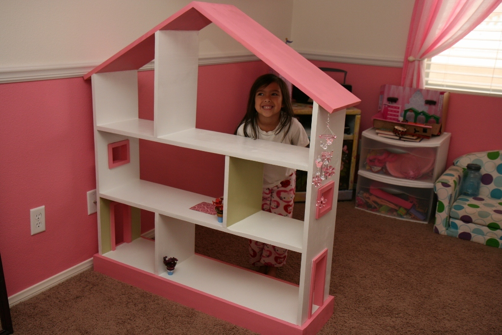 Ana white bookcase dollhouse diy projects for Casa delle bambole fai da te