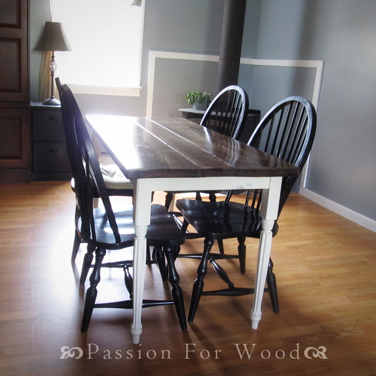 Ana white turned leg dining table diy projects for White turned leg dining table