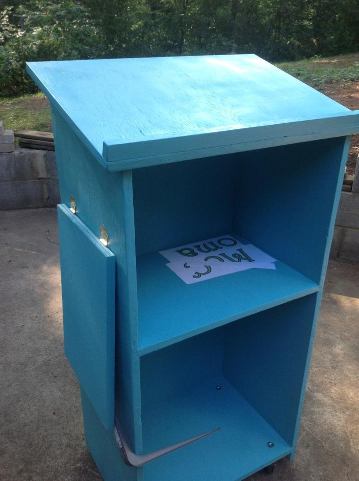 Ana White   Back To School Podium - DIY Projects