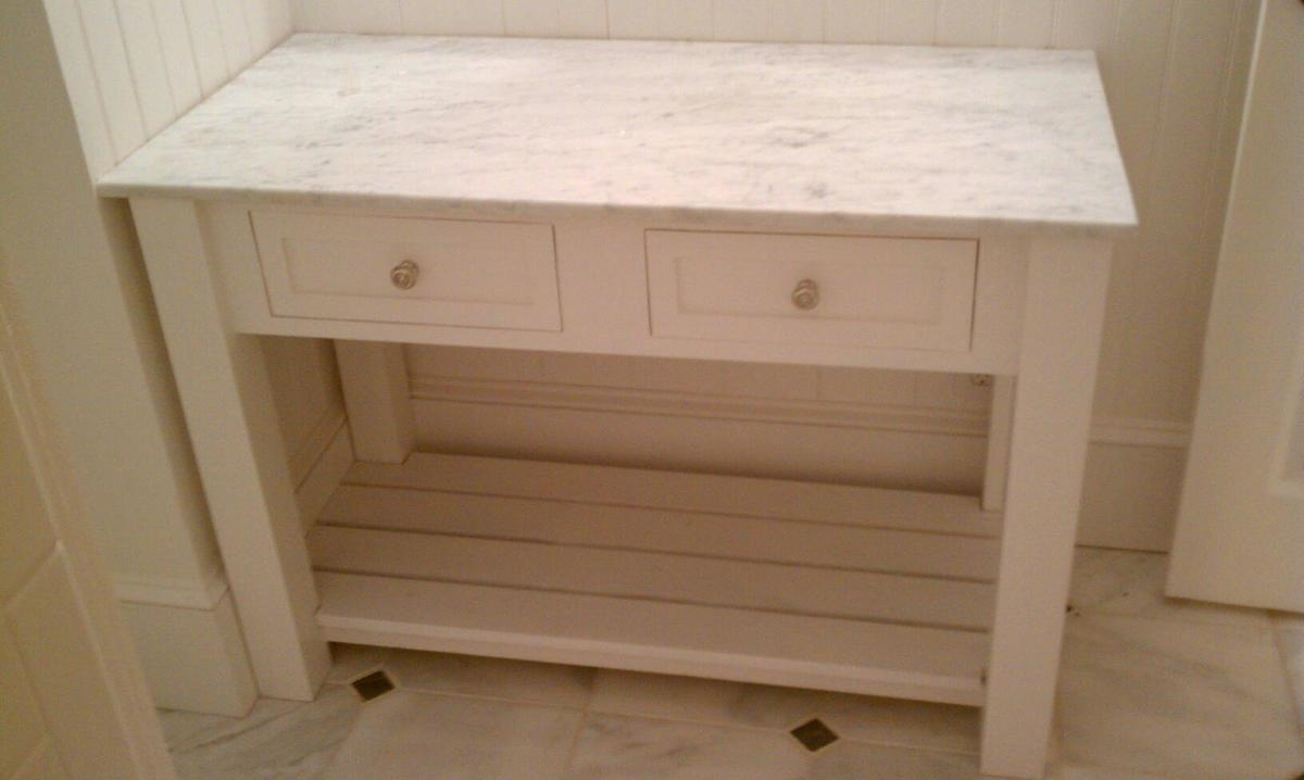 Ana white bathroom vanity diy projects for Bathroom vanity plans