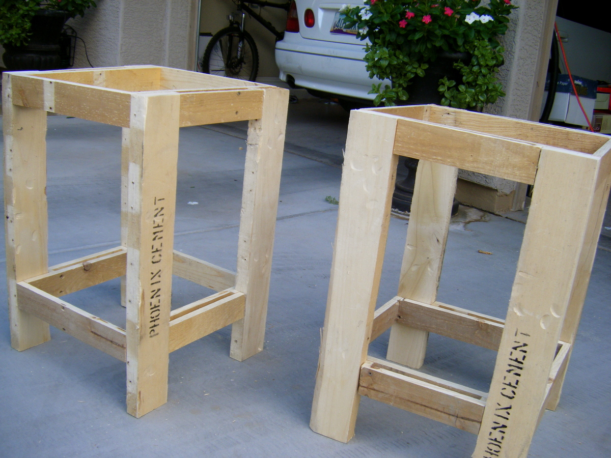 Tryed Side Table Pallet Redux