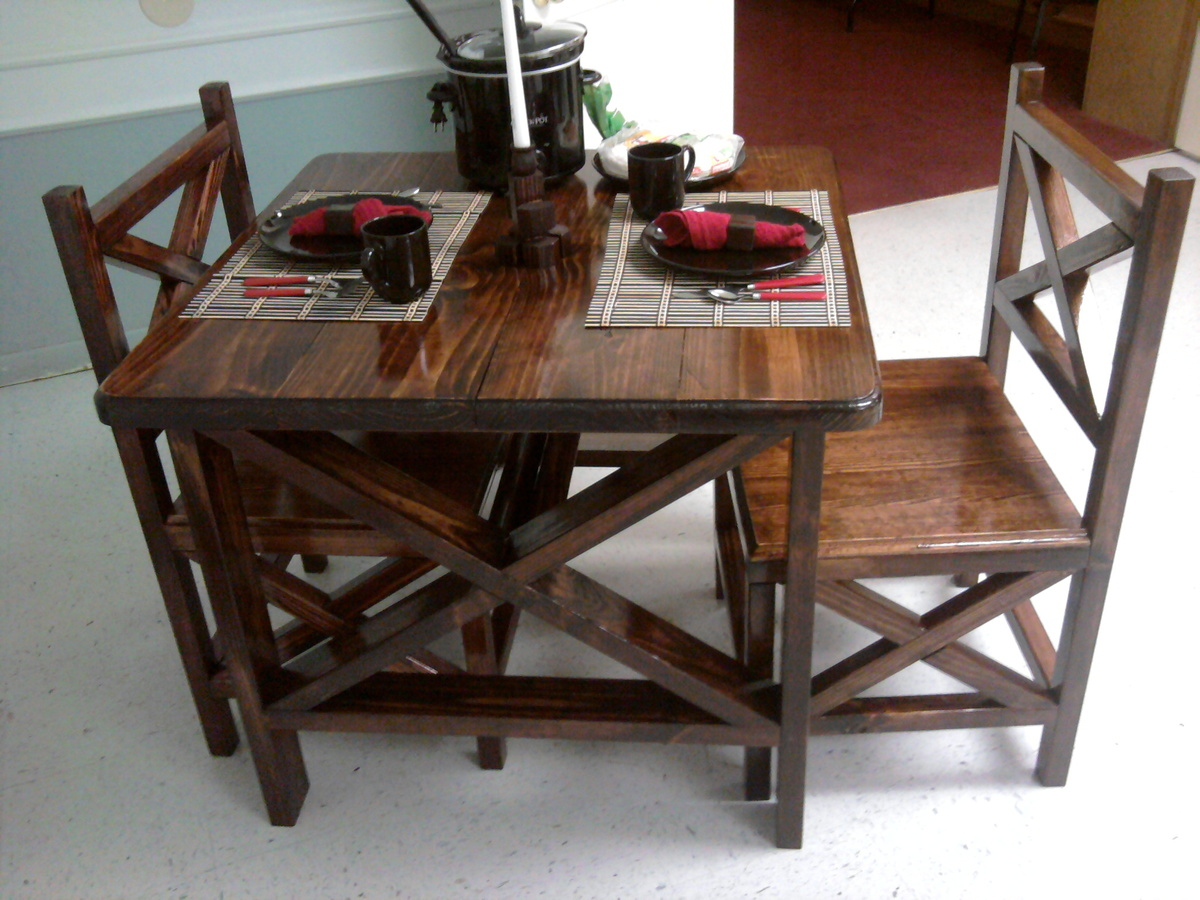Ana White Rustic X Table and Chairs DIY Projects