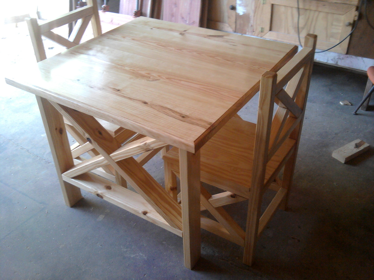 Ana white rustic x table and chairs diy projects for Dining room table 2x4