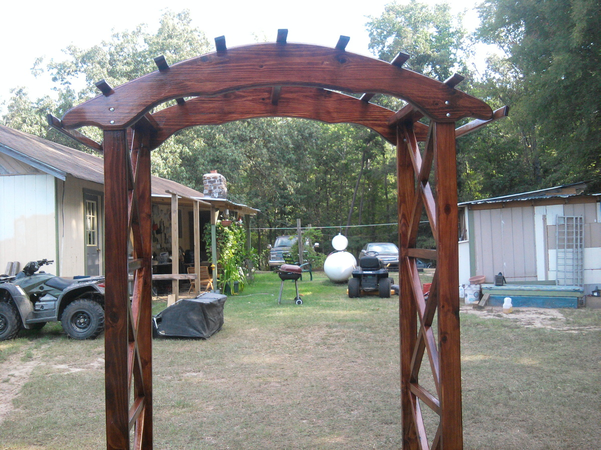 Ana White Rustic X wedding arch DIY Projects