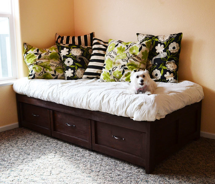 Awesome Daybed With Storage Trundle Drawers. Free Plans ... Amazing Design