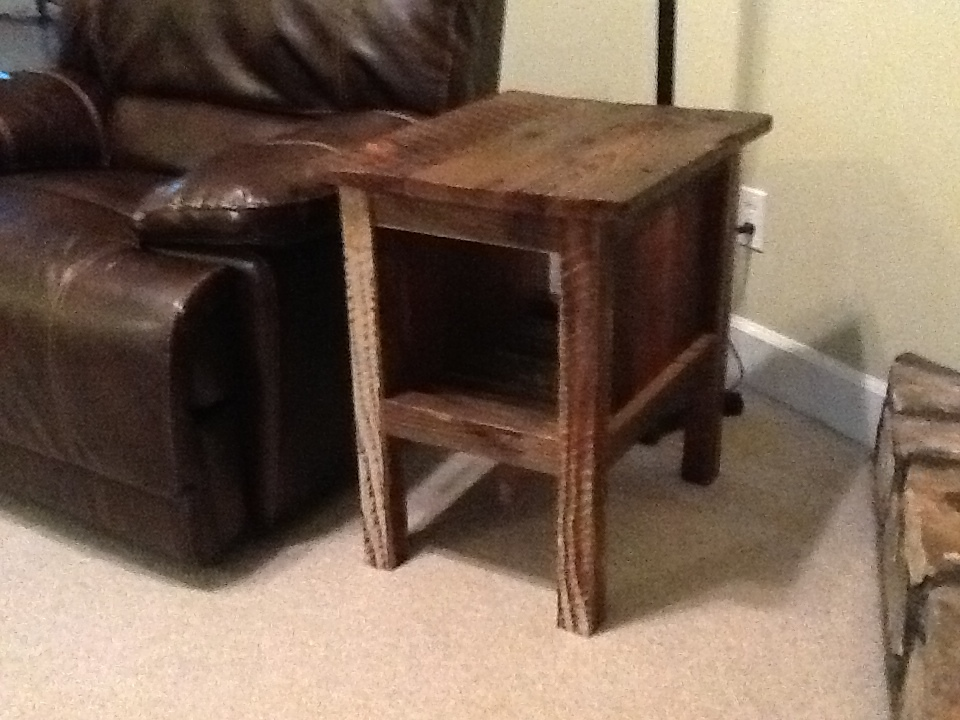 ana white reclaimed wood tidy up end table diy projects