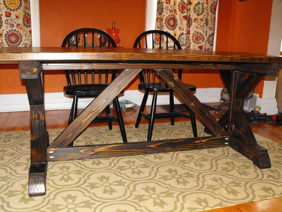 Ana White Farmhouse Table With Fancy Legs Diy Projects