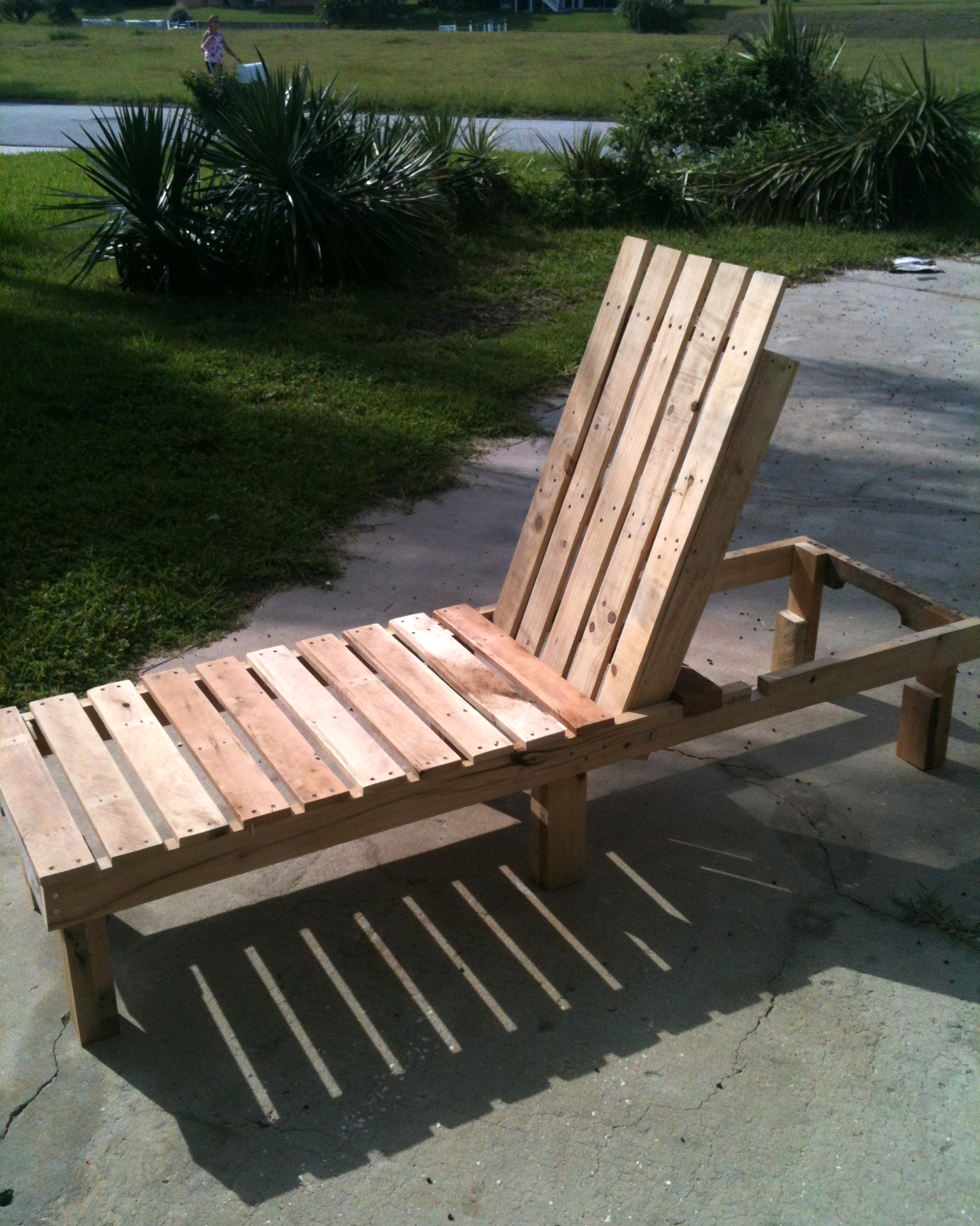 Ana white chaise lounge by pallirondack diy projects for Build a chaise lounge