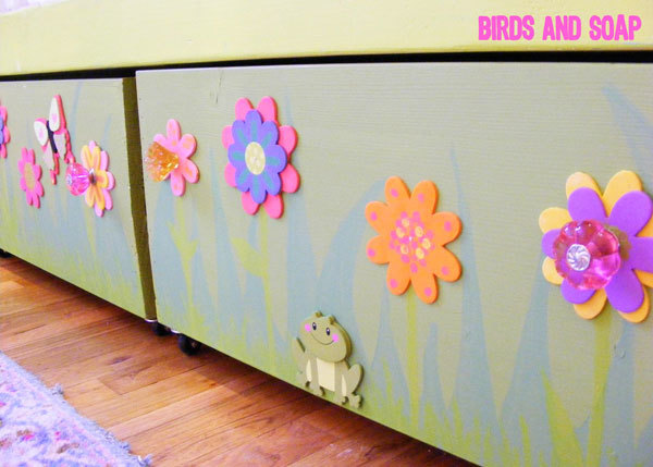 Build under bed storage box trundles for your Sweet Pea Garden Bed with free DIY plans! Can also used as storage or toy boxes! & Ana White | Sweet Pea Garden Bunk Bed Storage Boxes - DIY Projects