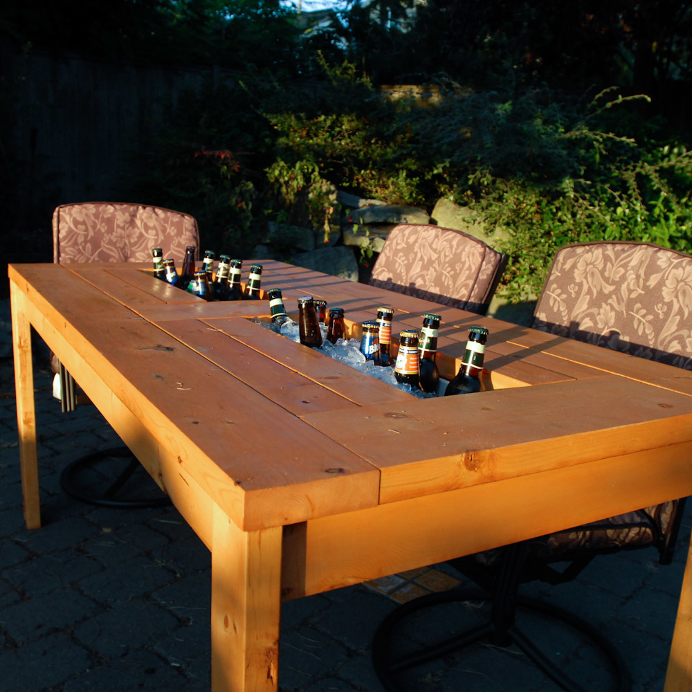 Patio Table with Built-in Beer/Wine Coolers with beer - Ana White Patio Table With Built-in Beer/Wine Coolers - DIY Projects