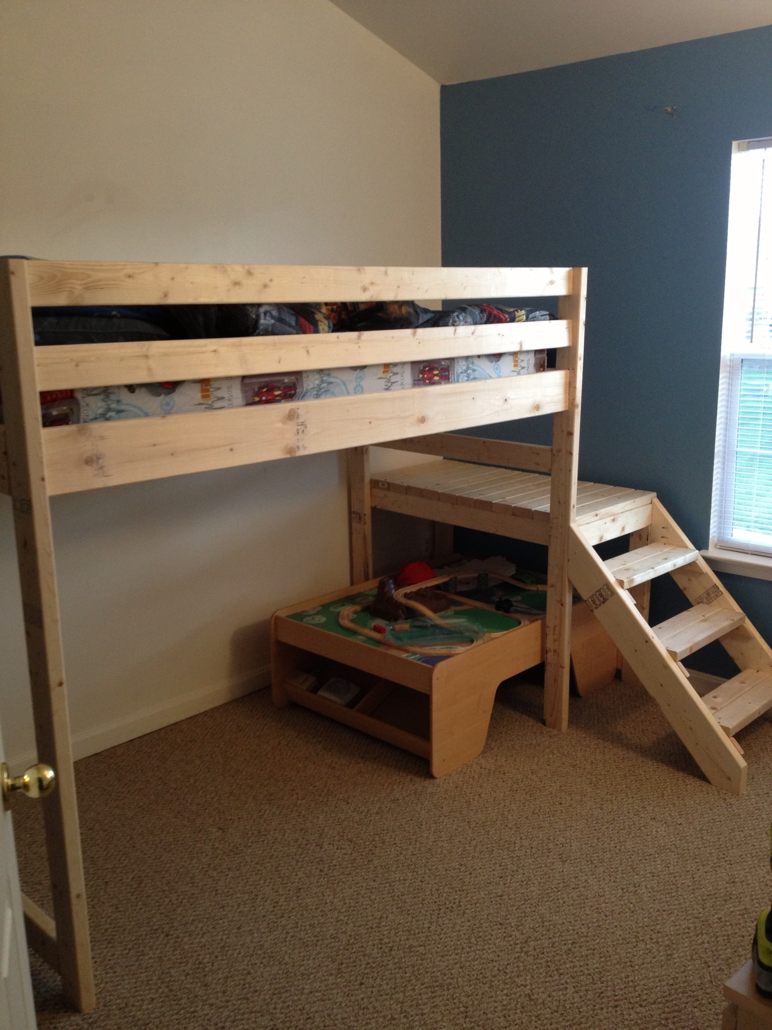 Build Cabin Plans With Loft Diy Pdf Wood Podium Plans Do: Loft Bed With Stair - DIY Projects