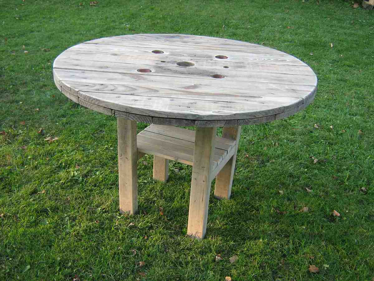 Superb Rustic Patio Table Ana White Alphanode Cool Chair Designs And Ideas Alphanodeonline