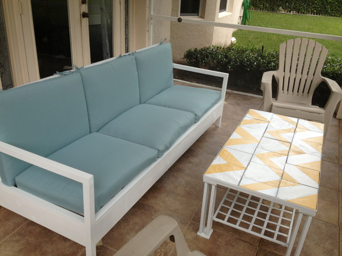Simple White Patio Sofa