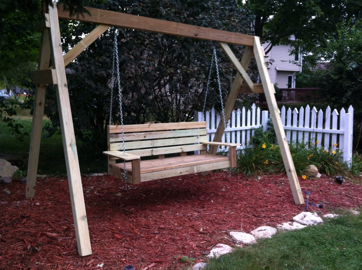 Ana white porch swing diy projects solutioingenieria Gallery