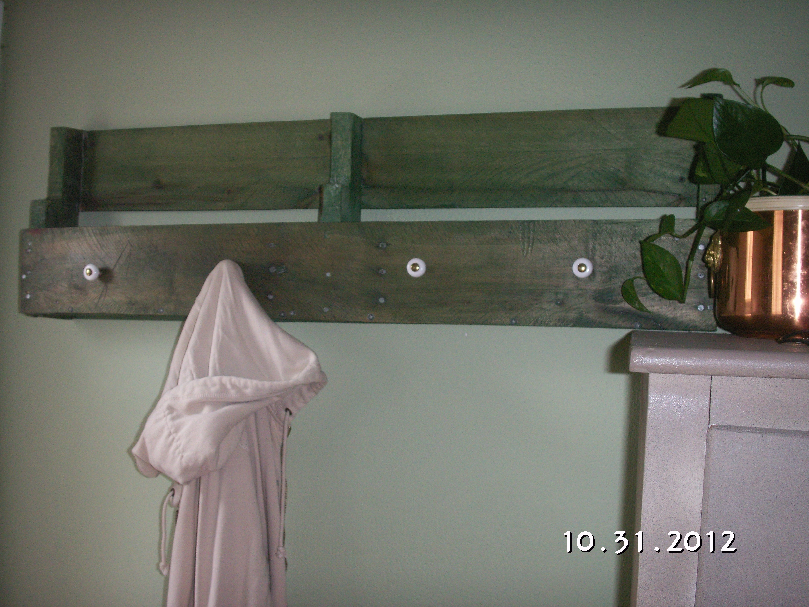 Ana White Back Door Shelf And Coat Rack Diy Projects